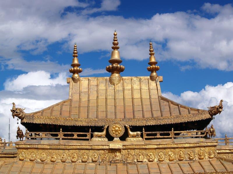 Palácio dourado Lhasa Tibet de Potala do telhado foto de stock royalty free