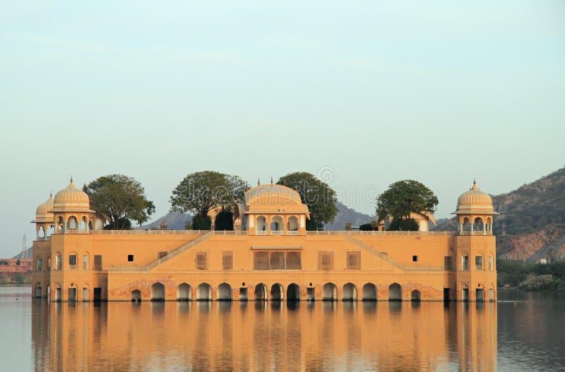 Palácio Jal Mahal em Jaipur imagens de stock royalty free