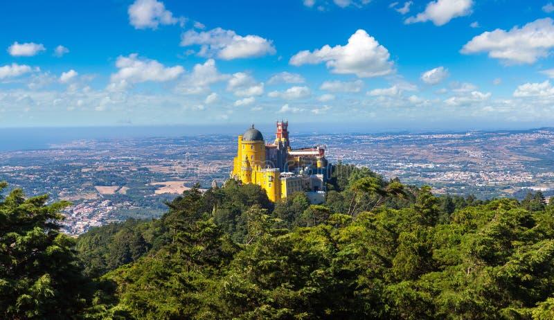 Palácio nacional de Pena em Sintra fotos de stock royalty free