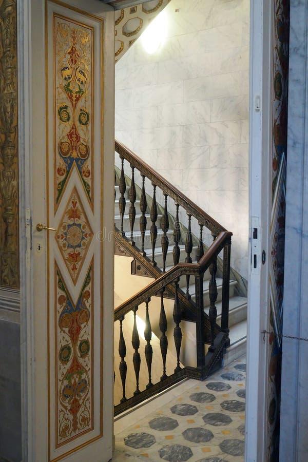 Palácio neoclássico da casa de campo Torlonia em Roma, Itália fotografia de stock royalty free