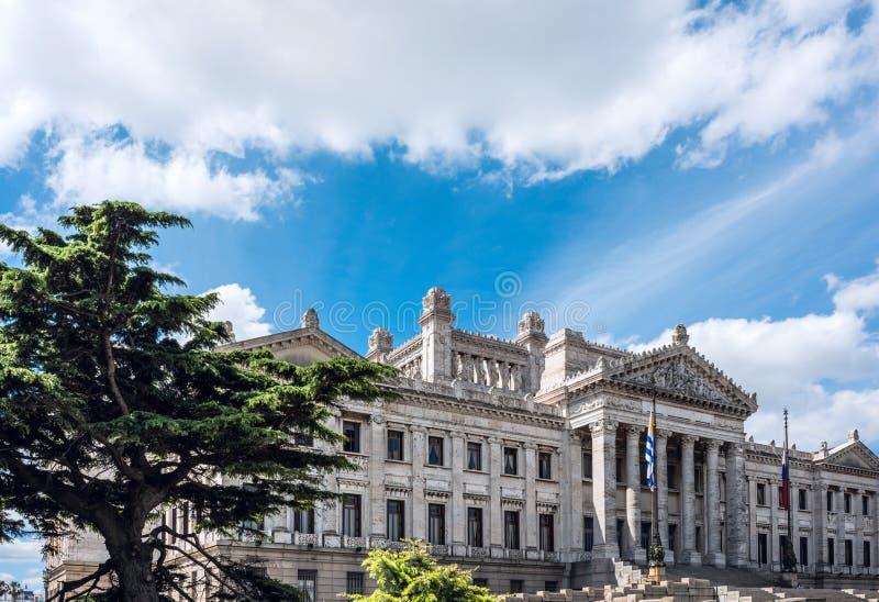 Palácio Palacio Legislativo do governo em Montevideo, Uruguai fotografia de stock royalty free