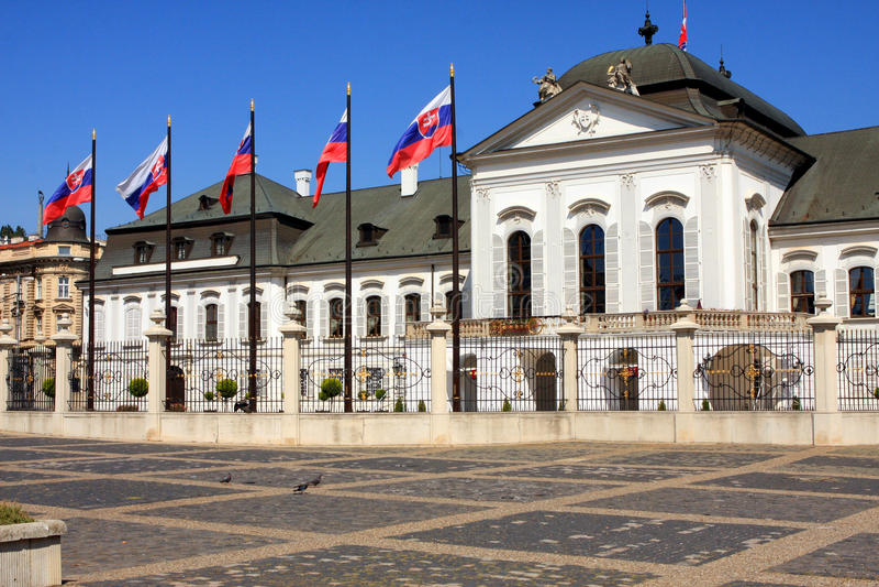 Palácio presidencial em Bratislava fotos de stock