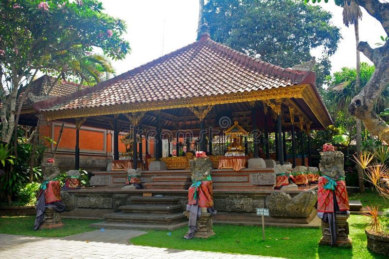 Palácio real, Ubud, Bali, Indonésia imagens de stock royalty free