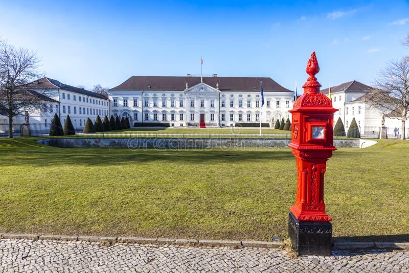 Palácio Schloss Bellevue de Bellevue em Berlim, Alemanha imagem de stock royalty free