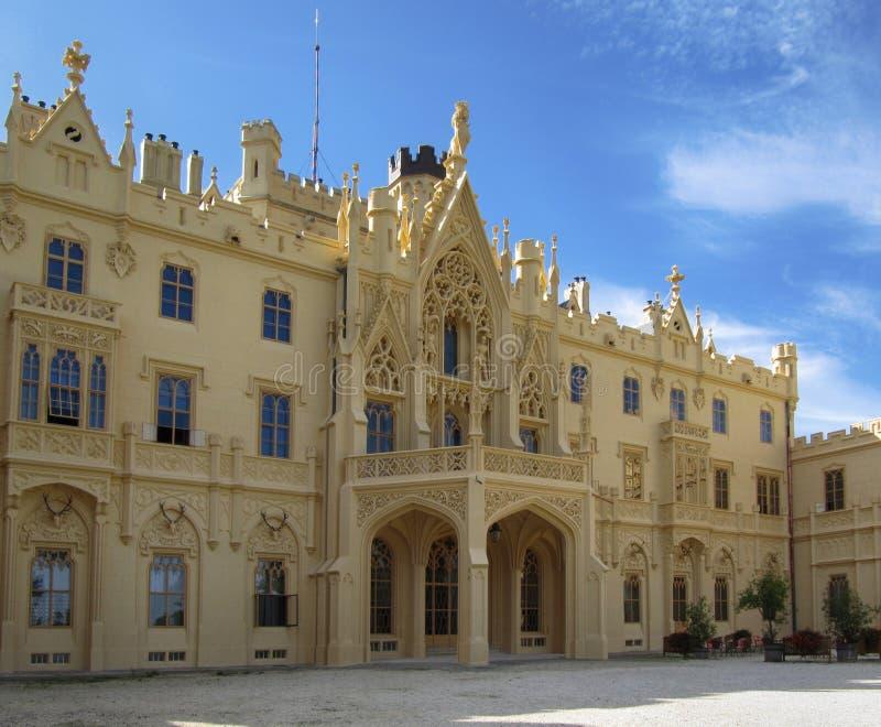 Palácio turístico famoso de Lednice do destino fotografia de stock royalty free