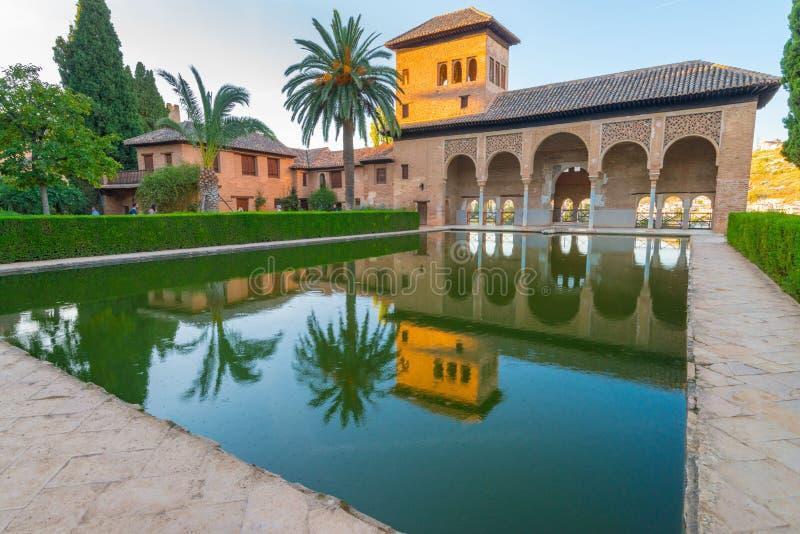 Palácios de Nasrid da decoração interior, Alhambra, Granada foto de stock royalty free