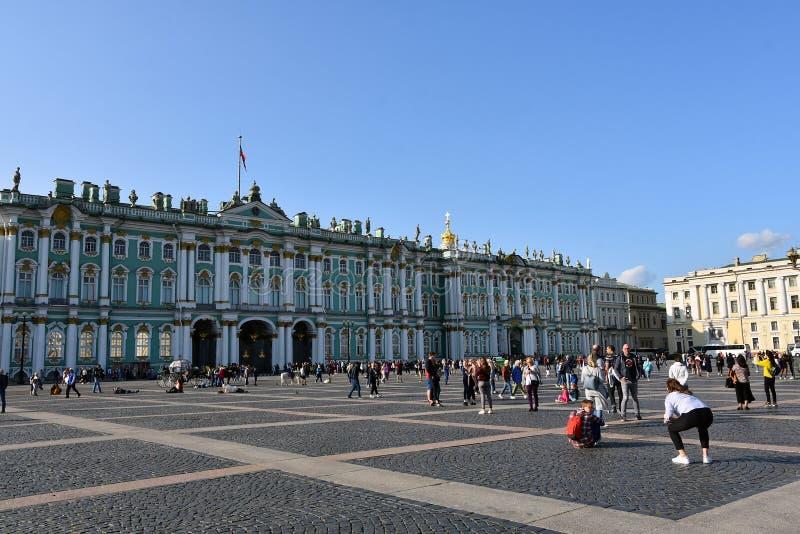 Pal?cio do inverno do museu de eremit?rio em St Petersburg, R?ssia fotos de stock royalty free