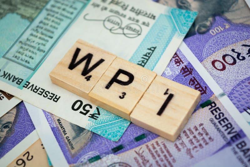 Palabra de índice del precio al por mayor del WPI en moneda india imagenes de archivo