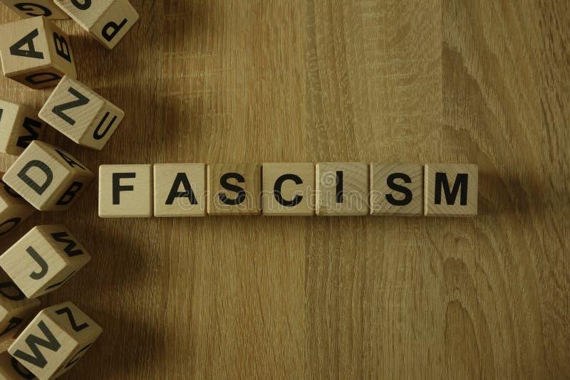 Palabra del fascismo de bloques de madera imagen de archivo libre de regalías