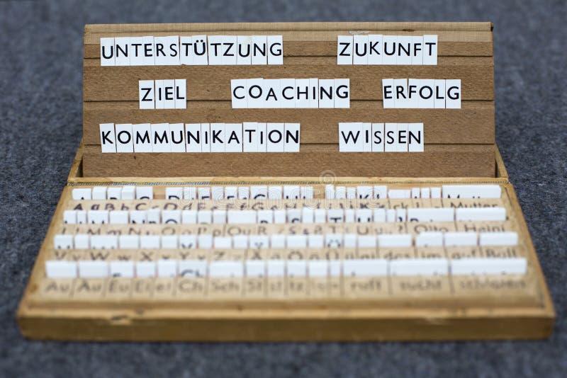 Palabras alemanas: Entrenar Erfolg Ziel fotos de archivo libres de regalías
