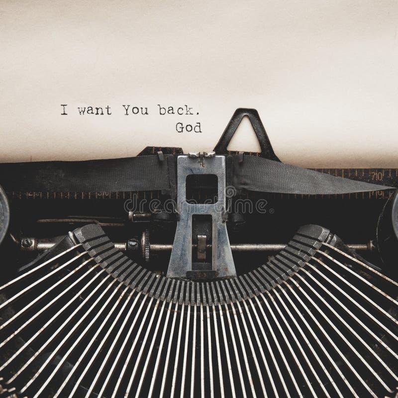 Palabras en viejo typewritter foto de archivo libre de regalías