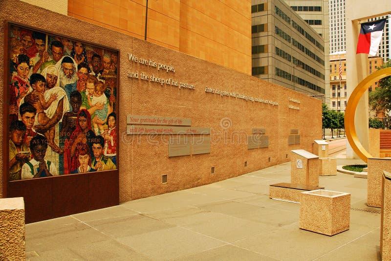 Palabras inspiradoras en el cuadrado de la acción de gracias, Dallas imágenes de archivo libres de regalías