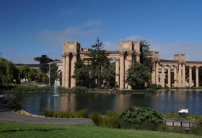 Download Palace Of Fine Arts Royalty Free Stock Images - Image: 25631509