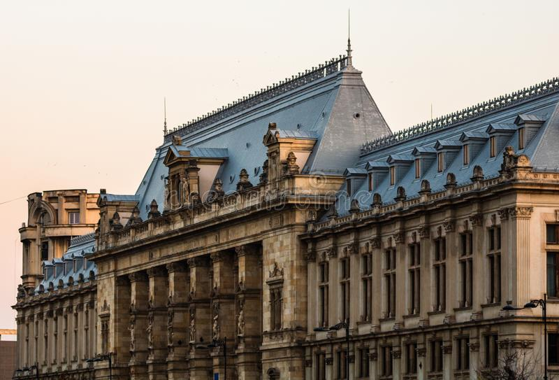 Palace of Justice Building Palatul Justitiei uit Boekarest, Roemenië royalty-vrije stock afbeeldingen