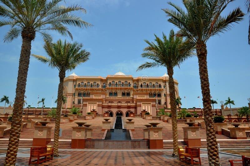 Palacio Abu Dhabi de los emiratos imágenes de archivo libres de regalías