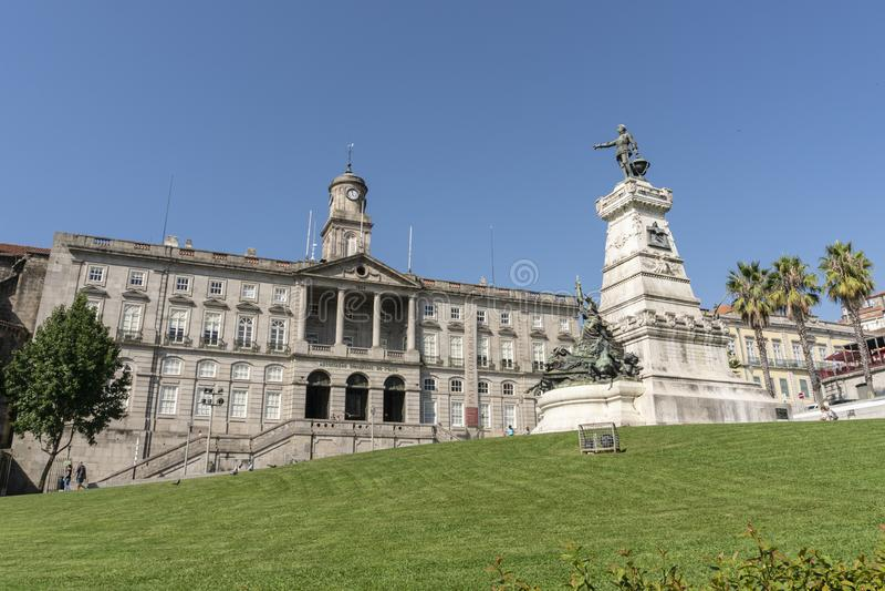 Palacio da Bolsa på solig dag Börsslott arkivbilder