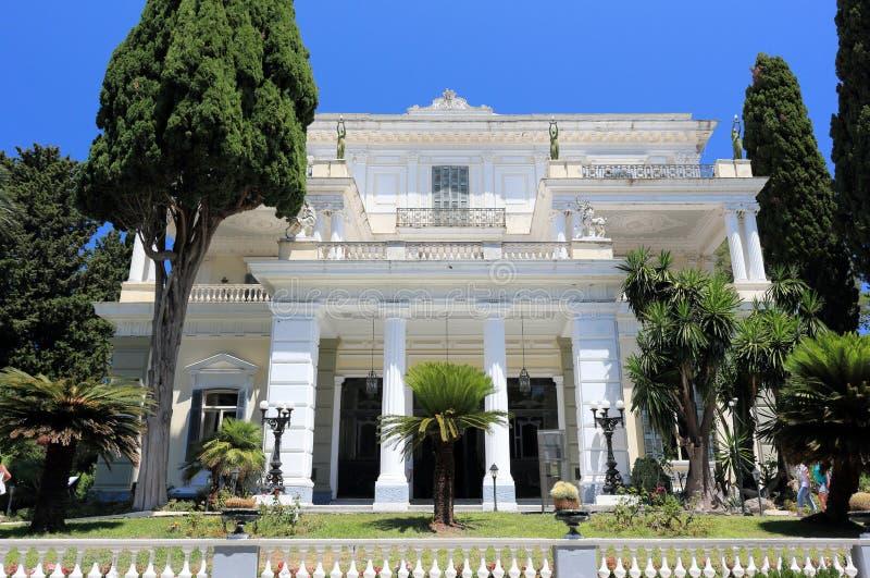 Palacio de Achilleion Gastouri una isla de Corfú, Grecia fotos de archivo