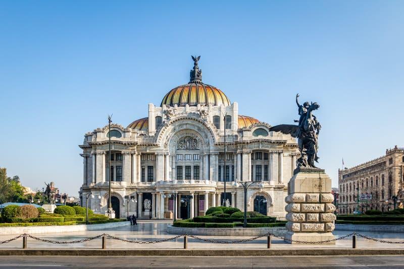 Palacio de Bellas Artes παλάτι Καλών Τεχνών - Πόλη του Μεξικού, Μεξικό στοκ εικόνα