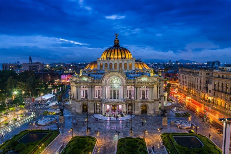 Palacio de Bellas Artes. Dusk falls over the Palacio de Bellas Artes in Mexico City royalty free stock photography