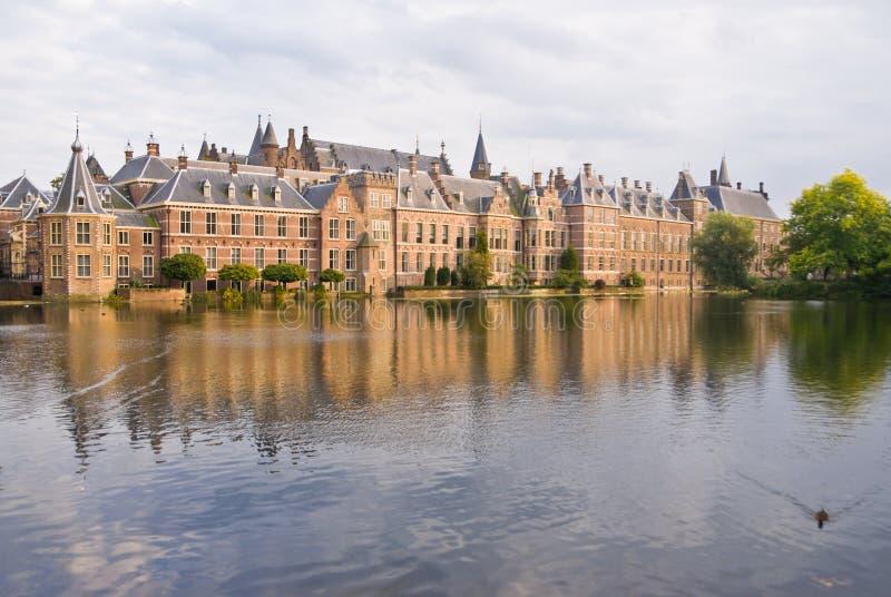 Palacio de Binnenhof en la guarida Haag fotos de archivo