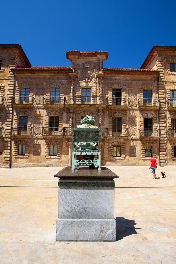 Palacio de Camposagrado Το παλάτι Camposagrado είναι ένα παλάτι μπαρόκ-ύφους που βρίσκεται σε Avilés στις αστουρίες, Ισπανία στοκ φωτογραφία με δικαίωμα ελεύθερης χρήσης