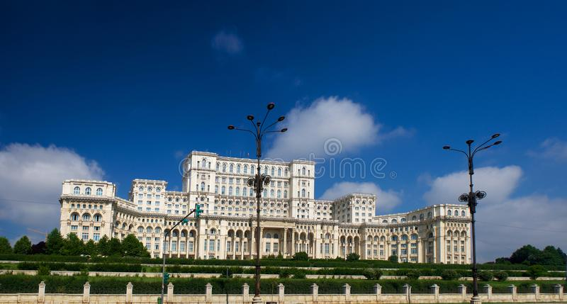 Palacio de Ceausescu del parlamento Bucarest Rumania fotos de archivo