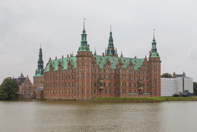 Palacio de Frederiksborg, complejo suntuoso en Hilleroed, Dinamarca imagen de archivo libre de regalías