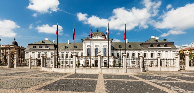 Palacio de Grassalkovich en Bratislava, Eslovaquia imagenes de archivo