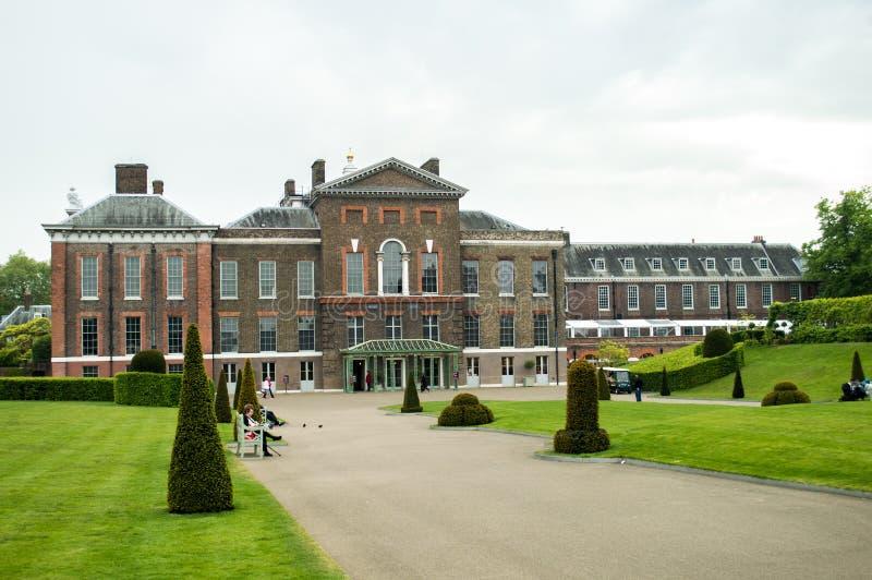 Palacio de Kensington imágenes de archivo libres de regalías