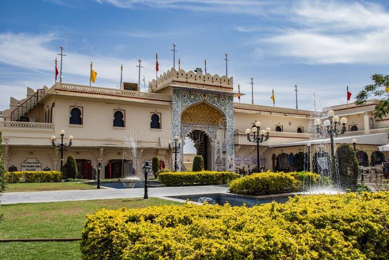 Palacio de la ciudad de Udaipur de la entrada en la India foto de archivo