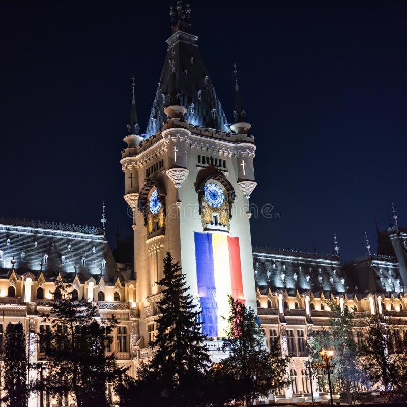 Palacio de la cultura en Iasi Rumania en invierno foto de archivo