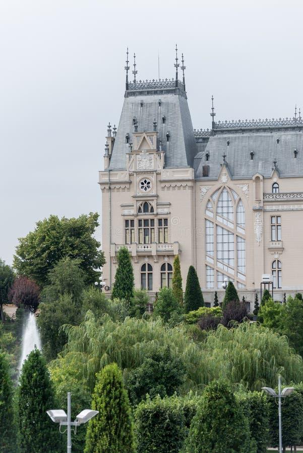 Palacio de la cultura IASI, Rumania fotografía de archivo