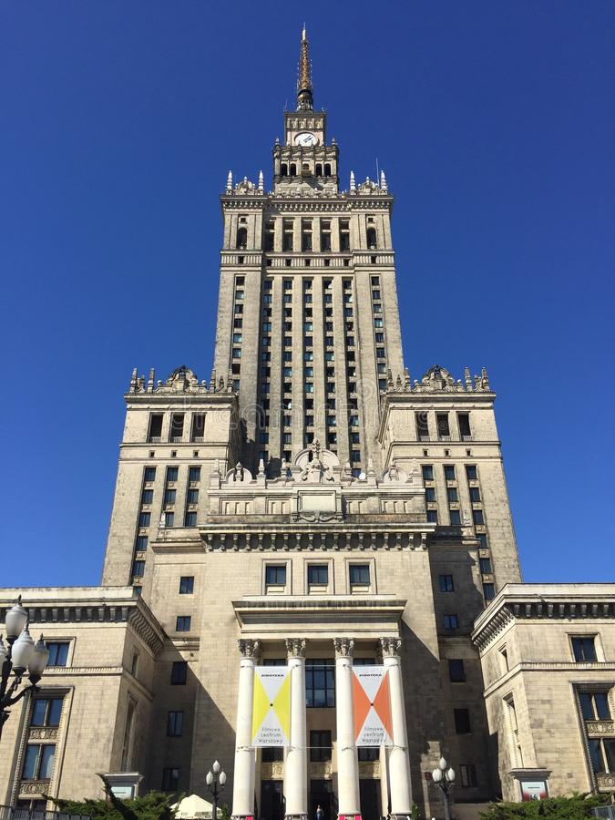 Palacio de la cultura y de la ciencia en Varsovia Polonia fotografía de archivo libre de regalías