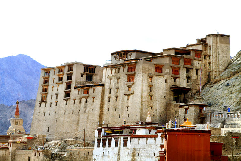 Resultado de imagen para palacio sagrado leh