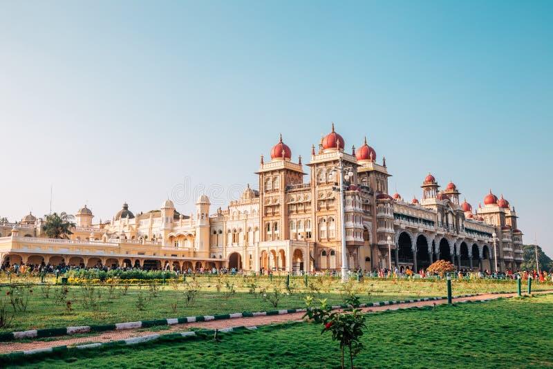 Palacio de Mysore en Mysore, la India fotografía de archivo libre de regalías