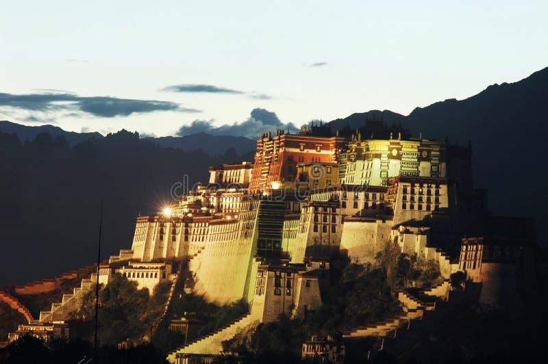 Palacio de Potala en Lhasa imagenes de archivo