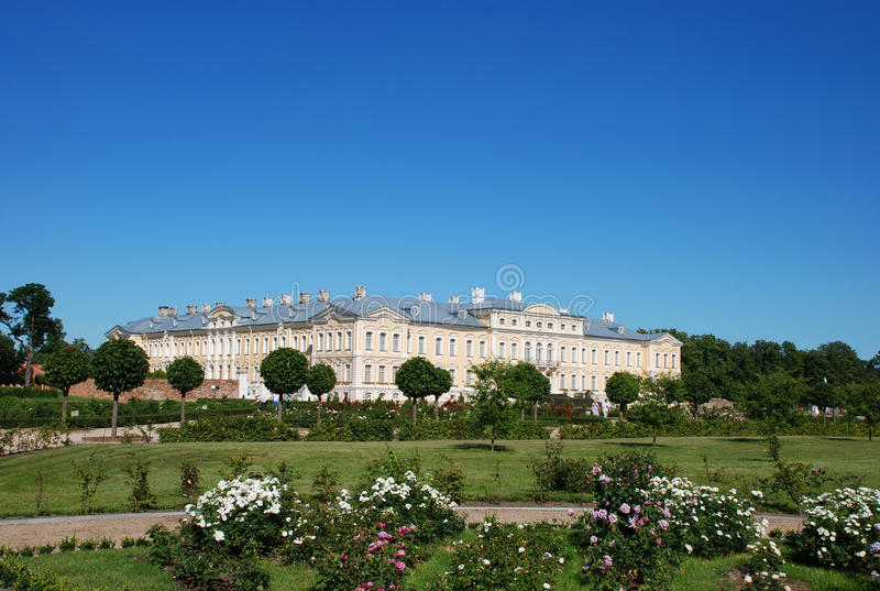 Palacio de Rundale, Latvia imagenes de archivo