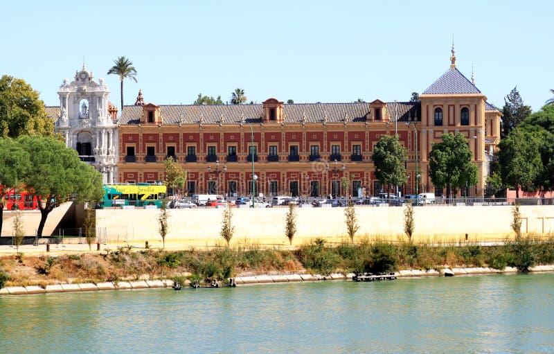Palacio de San Telmo e o Guadalquivir, Sevilha imagem de stock royalty free