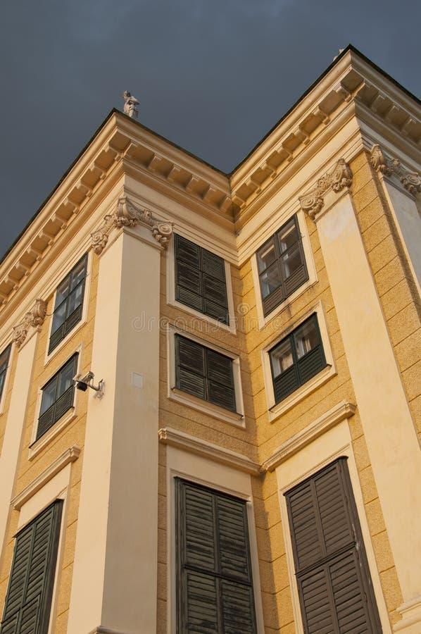 Download Palacio De Schonbrunn En Viena Imagen de archivo - Imagen de ciudad, configuración: 42444779