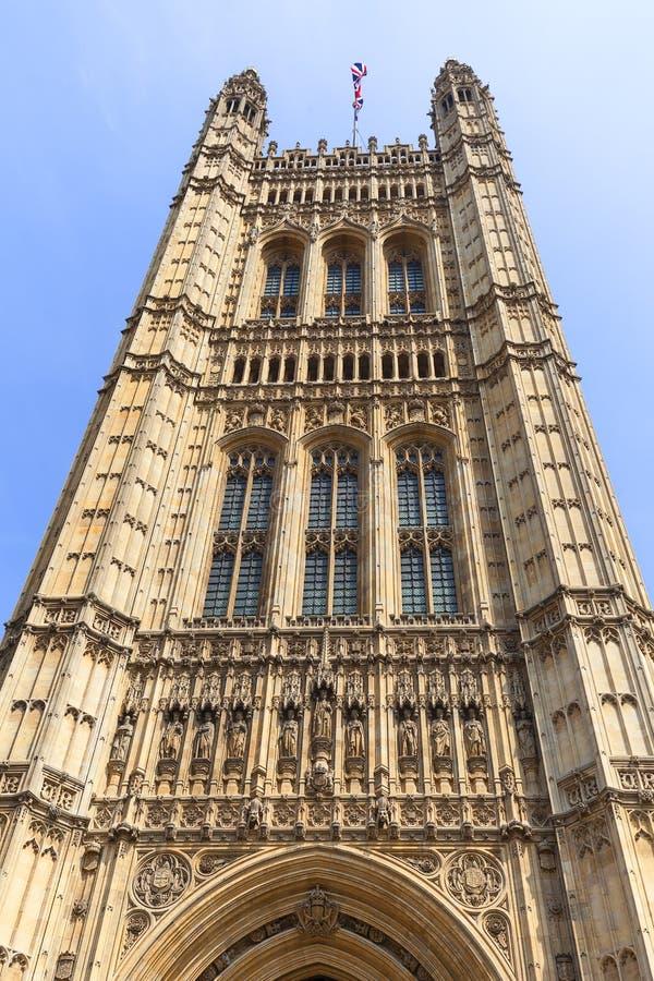 Palacio de Westminster, el parlamento, fachada, Londres, Reino Unido foto de archivo