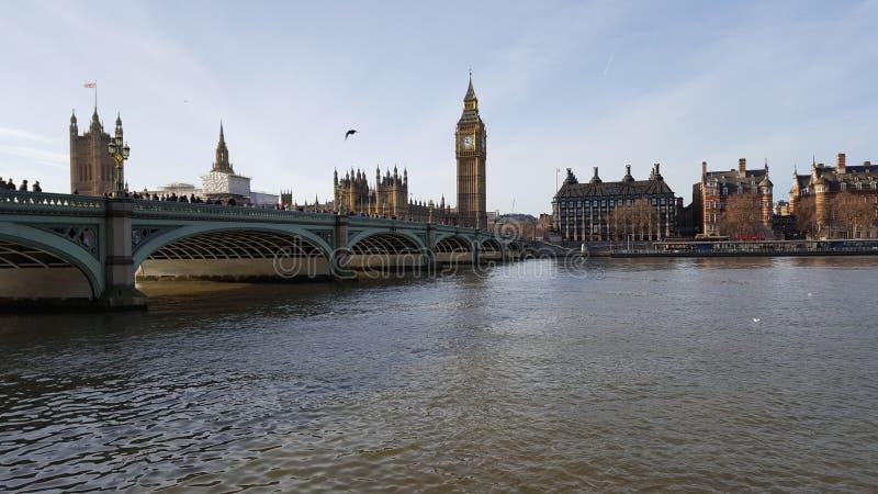 Palacio de Westminster y Ben grande imagen de archivo libre de regalías