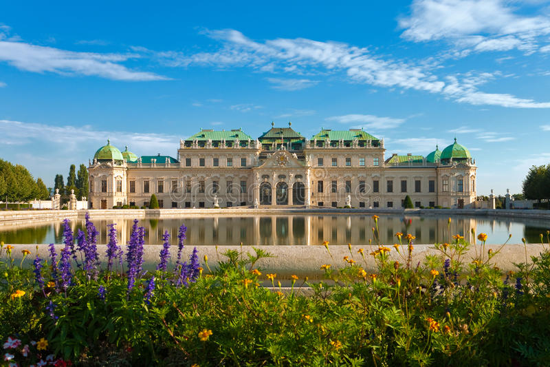 Palacio del belvedere en Viena, Austria imagenes de archivo