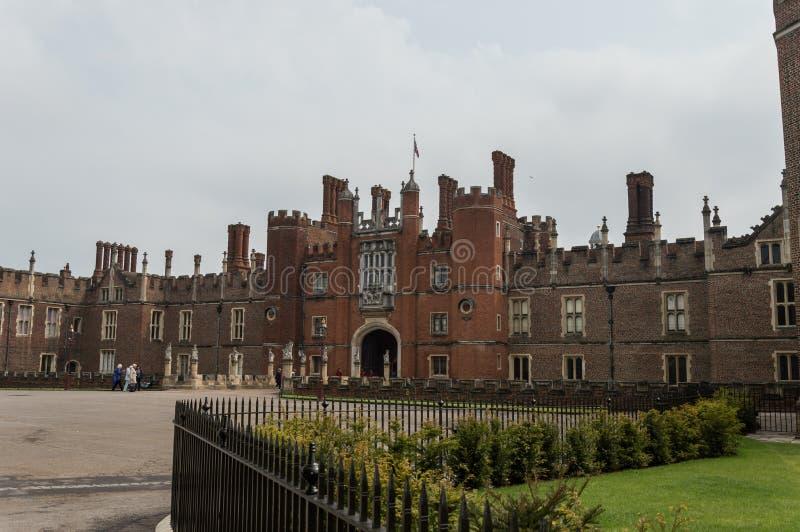 Palacio del Hampton Court Arquitectura, turismo imagenes de archivo