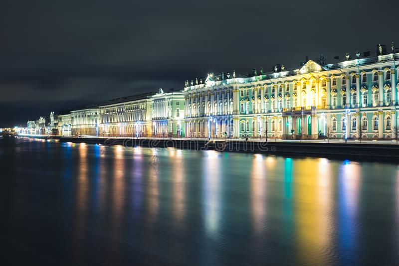 Palacio del invierno en St Petersburg imagen de archivo