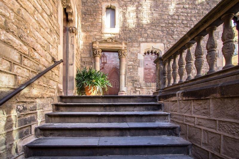 Palacio del obispo - Palau de episcopal Barcelona imagen de archivo