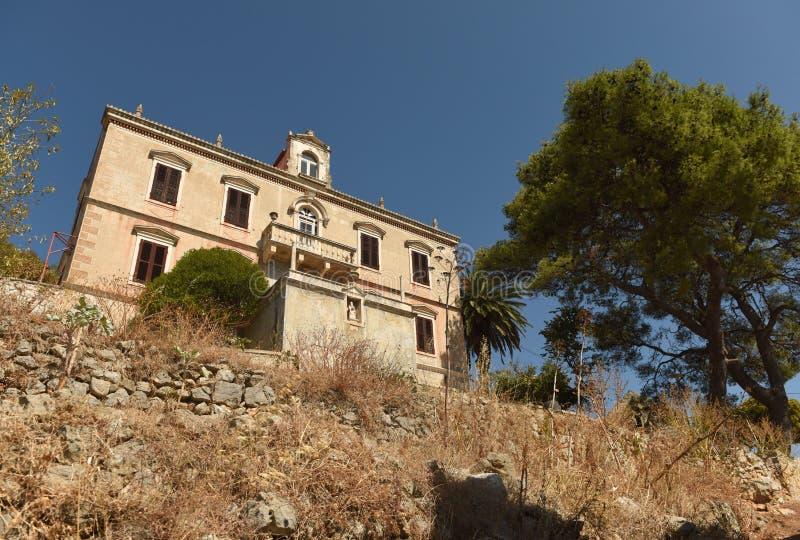 Palacio del ` s del rector en la ciudad Lastovo en la isla de Lastovo, Croacia fotos de archivo