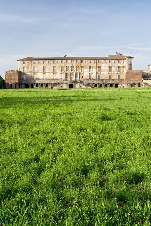 Palacio ducal de Estensi en Sassuolo, cerca de Módena, Italia foto de archivo