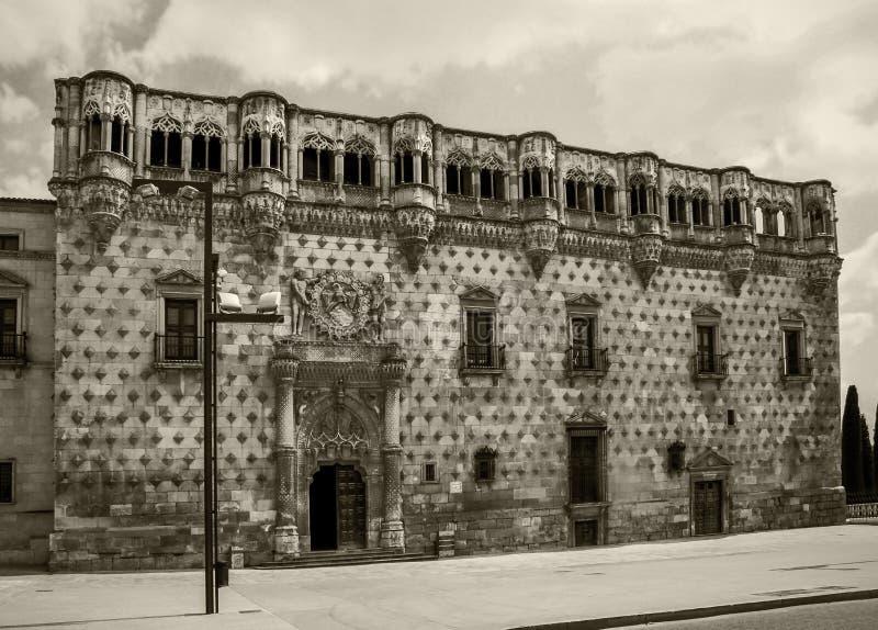 Palacio en Guadalajara, España fotos de archivo