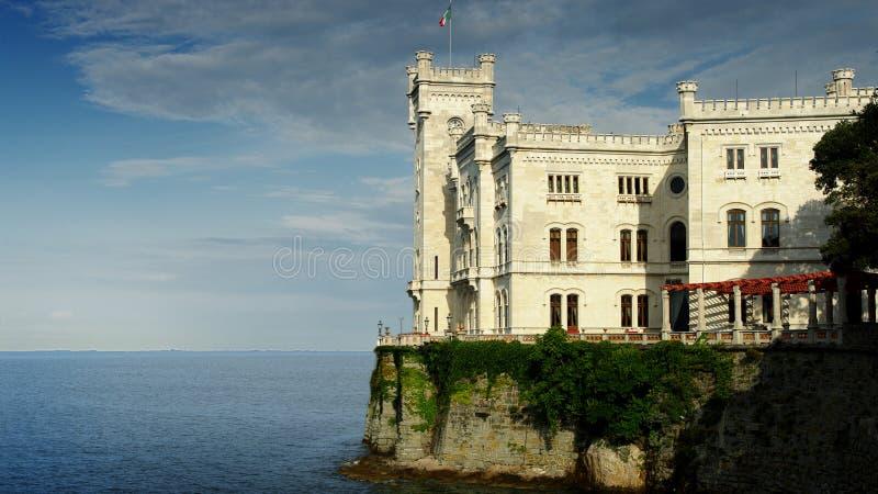 Palacio italiano imágenes de archivo libres de regalías