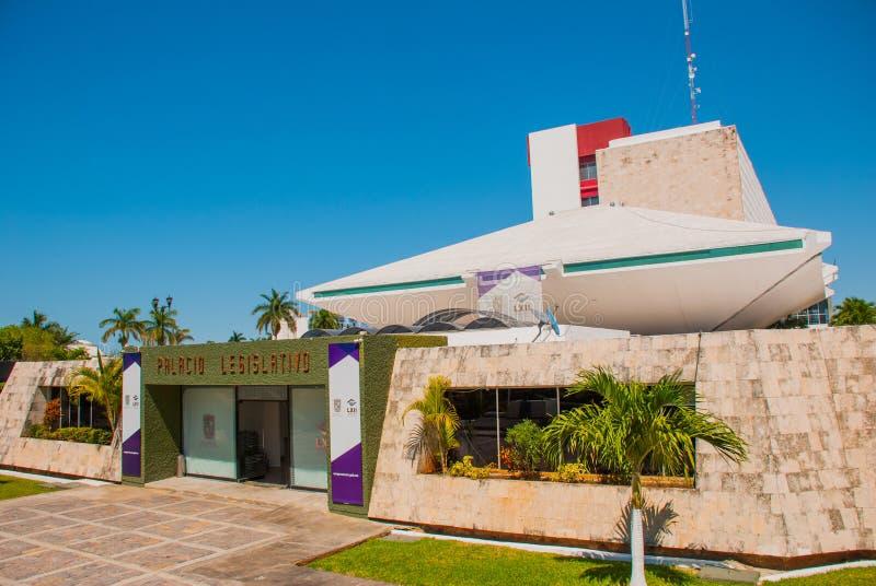 Palacio Legislativo La costruzione dell'assemblea legislativa in Campeche San Francisco de Campeche, Messico immagini stock